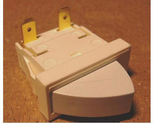 Кнопка включения освещения холодильника 851157...
